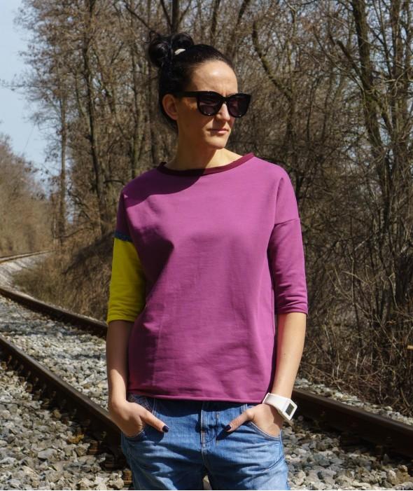 Violet Top 3/4 Sleeved Iglika