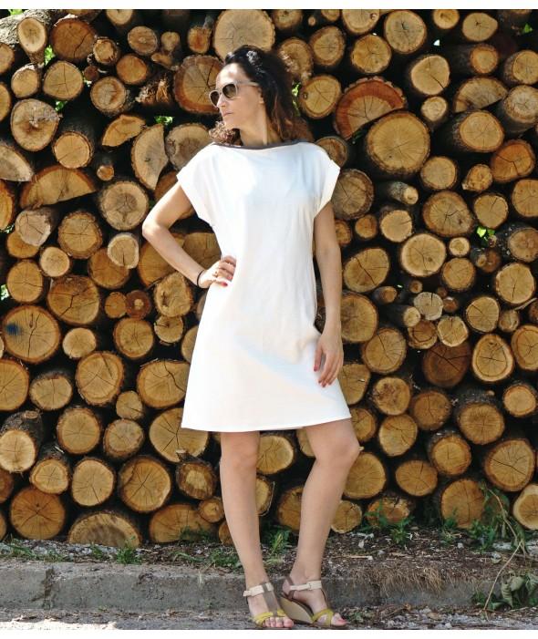 Short White Bare Back Dress Mousse