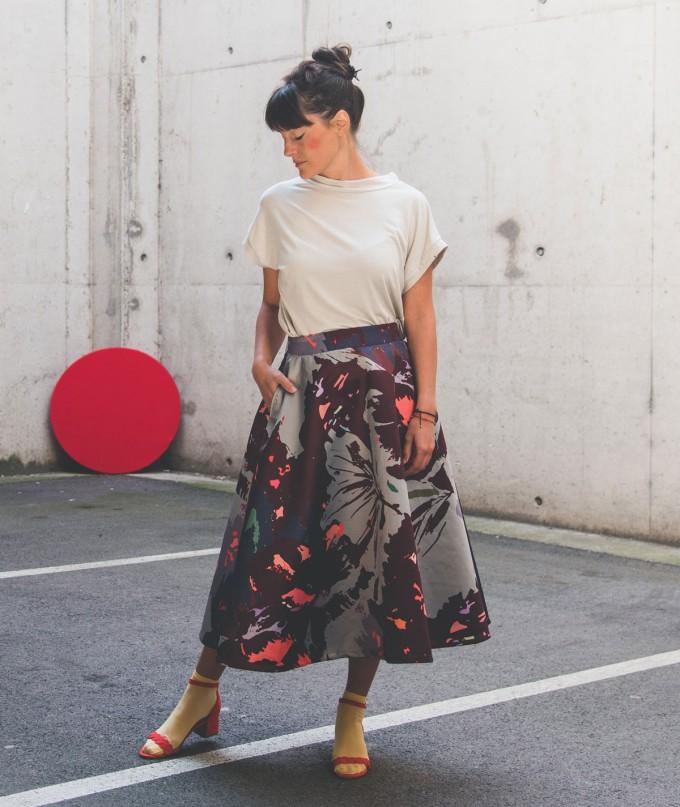 Artistic Midi Skirt Kobe